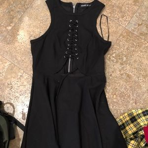 House of 3 size 10 dress with open middle